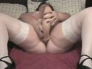 Chubby mature prefers huge dildo
