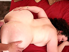 Beautiful BBW having her plump ass cum sprayed