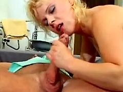 Pregnant mature fucked and cummed by horny doctor