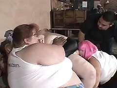 Obese women have fun in groupsex