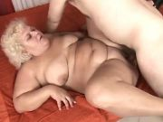 Chubby horny mature fucked by guy