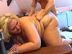 Megafat lady w huge ass gets fucked